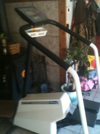 Tectrix stair stepper - $185 (Pipe creek)