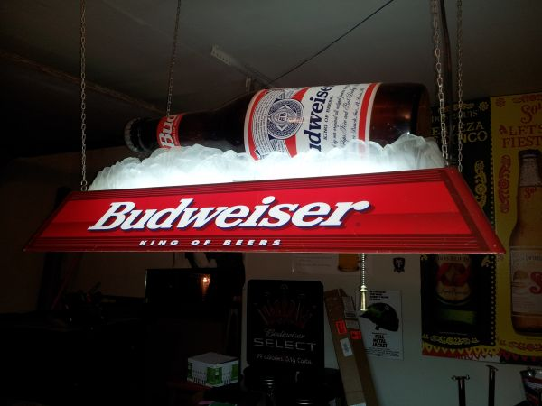 Budweiser on ice pool table light - $150 (medical center area)