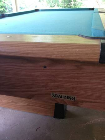 Pool table 8 Spalding - $400 (Downtown San Antonio )