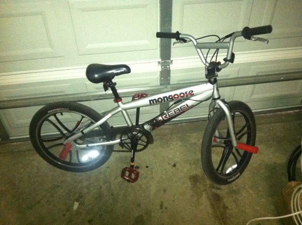 MONGOOSE BIKE WITH PEGS - $300 (North east)