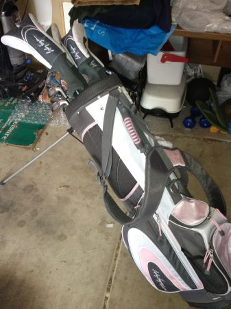 Like New -- Lady Hagen Inspire Complete Golf Set, Clubs, Bag Putter - $139 (Stone Oak Area)