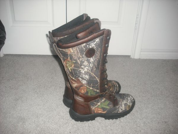 Game Winner Snake Defender II Boots Size 10 - $80 (Potranco and Military)