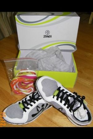 Zumba Z1 DanceFitness Shoes - $50 (Bandera1604)