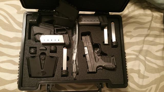 550  LNIB Springfield XDS 45 with 6 mags