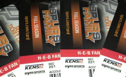 4 spurs vs bulls tickets with parking pass included. 3-6-13 8pm - $80 (IH 10 west 1604)