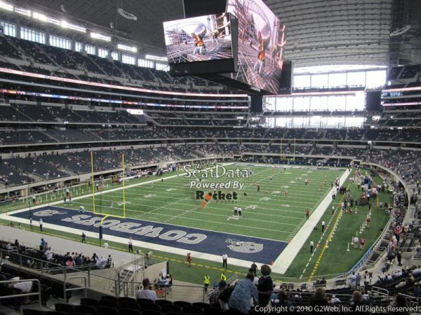 Dallas Cowboys vs. Saints Tickets - 4 - lower Section - $900 (1604 and 10)