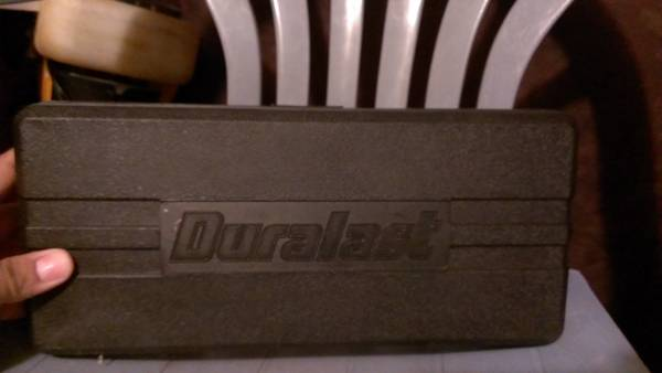 Duralast 39 piece Socket and Ratchet Set - $1 (mkoffer)