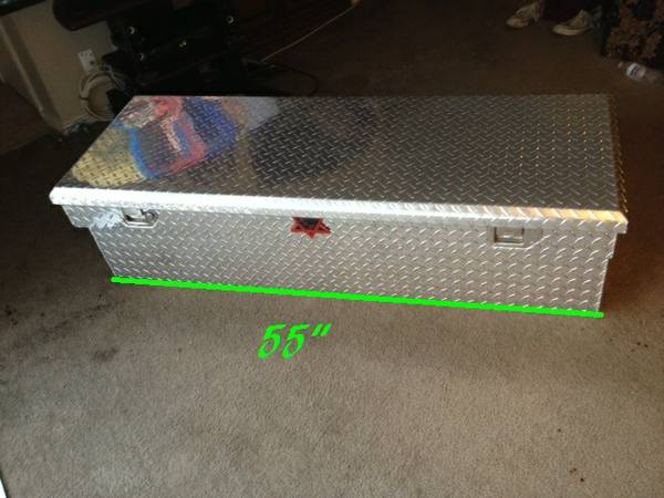 KW TOOL BOX FULL SIZE TRUCK - $200 (NORTH EAST)