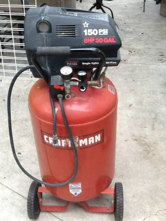 CRAFTSMAN 30 GALLON 6 HP AIR COMPRESSOR - $200 (SE SA)