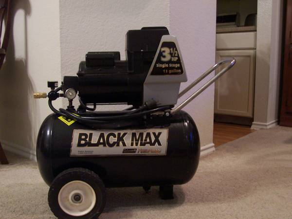 Coleman Black Max AIR COMPRESSOR - $120 (San Antoio North Central)