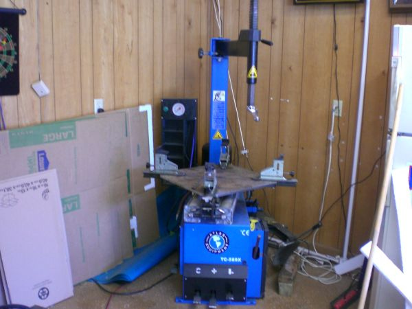 Atlas Motorcycle and Automotive Tire Changer and Balancer - $2500 (San Antonio)