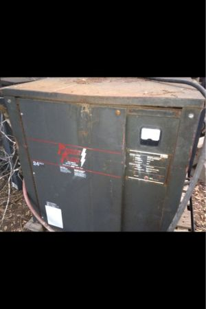 Battery charger Forklift - $350 (Hondo, TX)