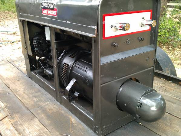 Red Face Welder SA-200 1966 model excellent condition - $4500 (hallettsville)