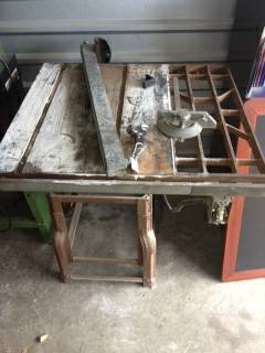 Craftsman 10 Inch Table Saw Model 113.27520 - $200 (Cibolo)