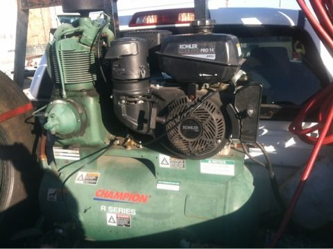 LOOK USE GAS AIR COMPRESSOR WITH 14hr POWER KHOLER 30 GALLON TANK - $2200 (FOSTER RD)