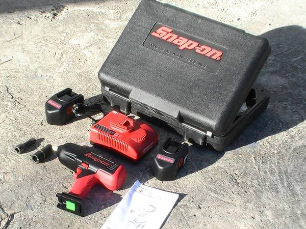 Snap-On18v,12 Cordless Impac - $600 (Downtown-S.A.)