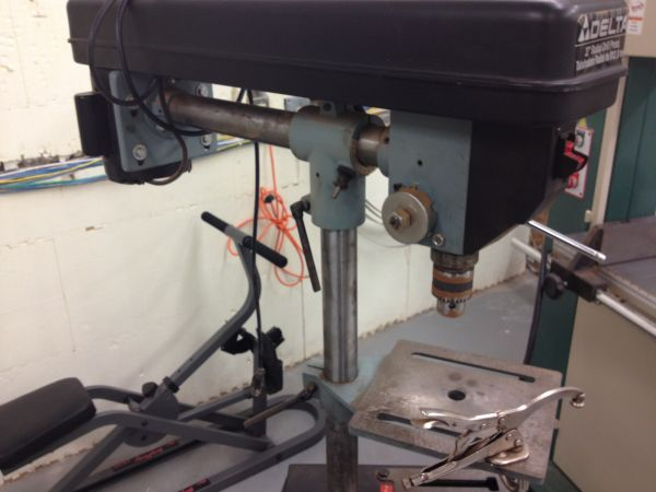 DELTA 32 INCH RADIAL DRILL PRESS, MODEL 11-090 - $350 (NW SAN ANTONIO)