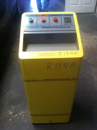 R134A AC RECOVERY MACHINE AND PARTS WASHER - $220 (410 BANDERA)