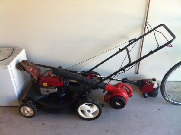 Sears Craftsman push Lawn Mower, Weedeater, and Blower - $225 (1604Braun)