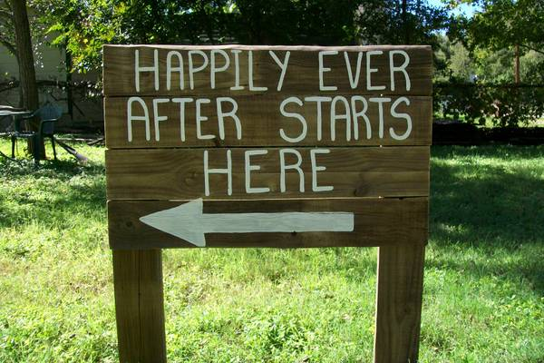 RUSTIC COUNTRY WEDDING SIGNS - $25 (seguin)