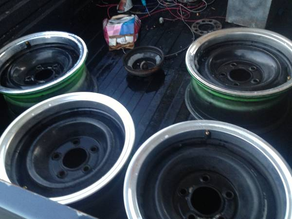 15 inch stock chevy rims with beauty rings (Northeast san antonio)