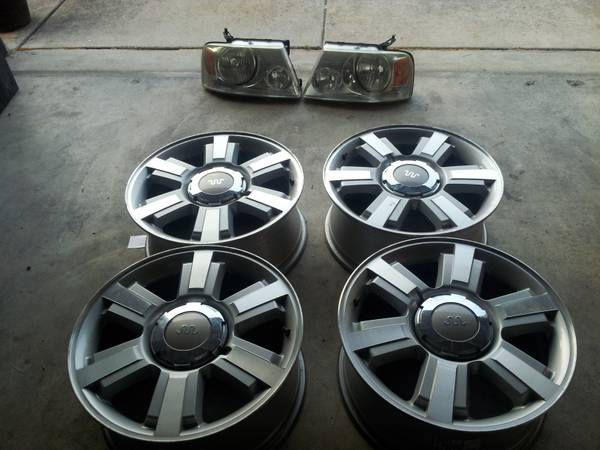 KING RANCH 20 RIMS HEADLIGHTS - $1 (SAN ANTONIO)