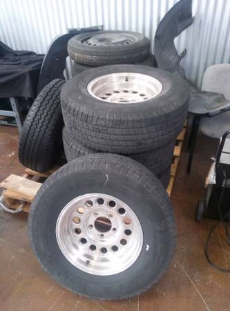 16 x 8 eagle alloy rims (ford) $150 (NE San Antonio)