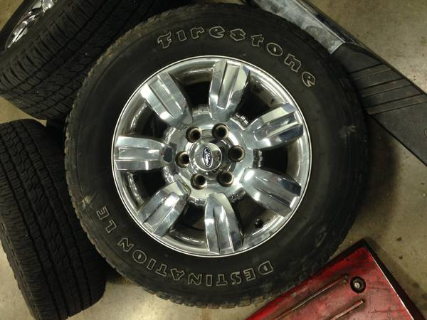 09 Ford F150 Tires and Rims - $600 (Northeast)