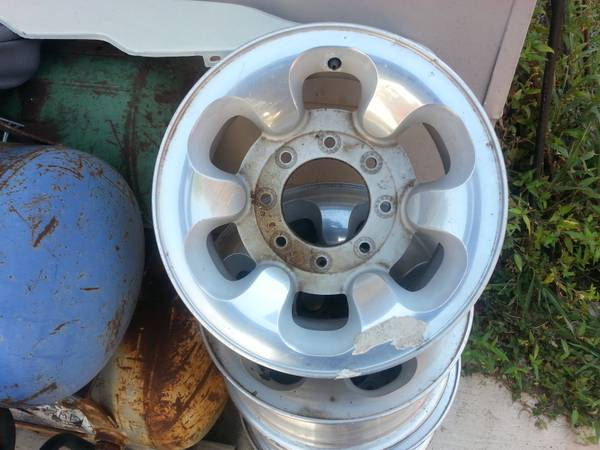 Ford factory rims (timberhill grissom)