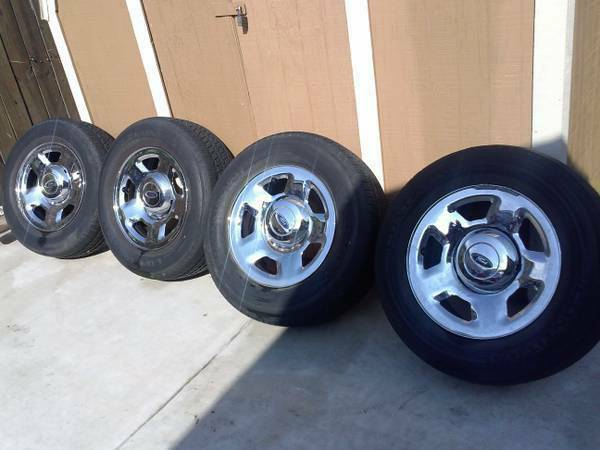 4xContinental Tires and Rims Ford F150 - $200 - $200 (San Antonio)