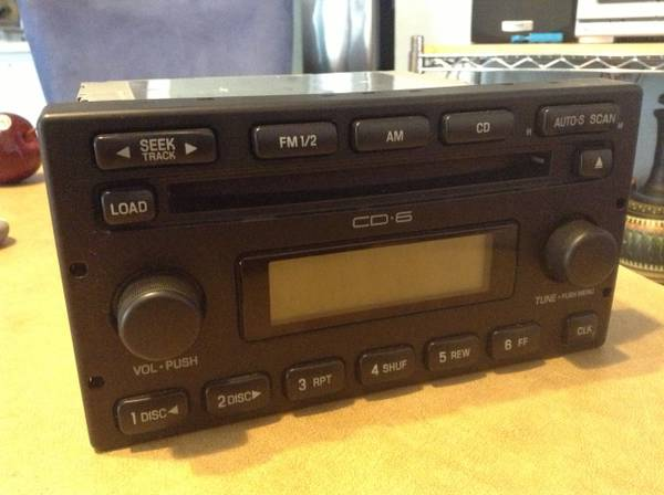 ( FORD RADIO 6cd ) CDCASSETTE FACTORY STOCK OEM - $70 (Fits1999-up see add)