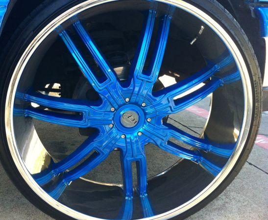 30 inch rims - $4000 (Dallas (will trade))