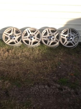 4 - Ford F150 17 rims - $175 (San Antonio)