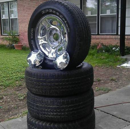 Tires with rims 17 Ford F150 - $180 (NE San Antonio)