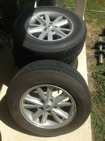 2005-2009 Mustang Stock Rims and Tires - $200 (Northwest)