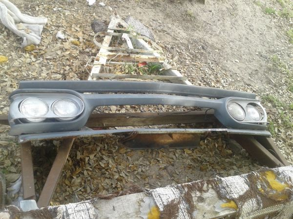 63 TO 66 CHEVY TRUCK BODY PARTS, SHORT BED(FLEET SIDE), DOORS,GRILLS (SOUTH SA)