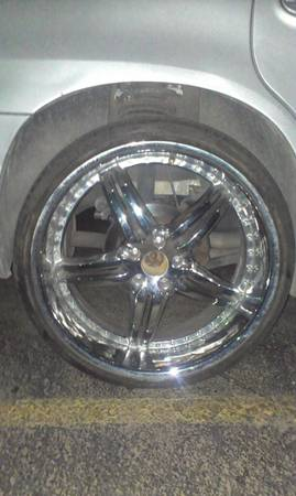 22 CHROME RIMS WITH THICK LOW PRO TIRES - $850 (SW)