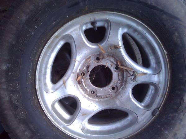 Rims tires Ford F150 rims, 1997, 1998, 1999, 2000, 2001, 2002, 2003 - $200 (Central)