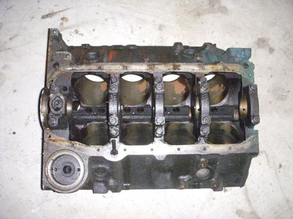 chevy 350 4 bolt main bare block 3970010 casting - $150 (southside)