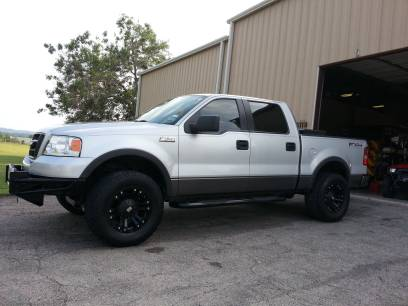2004-2008 ford f150 xd monster black rims  33 tires CASH$ WITH TRADE - $800 (N. San Antonio)