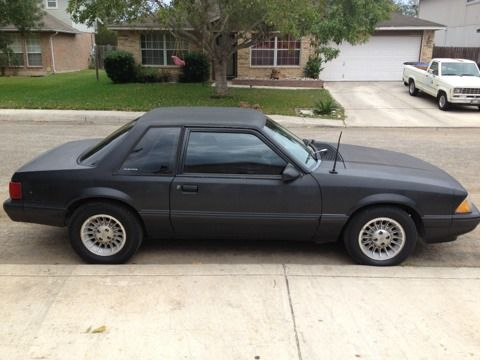 1993 Mustang Coupe, 4 cylinder, 5 speed - $3000 (San Antonio)