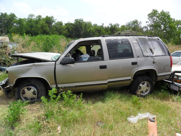 1999 CHEVY tahoe  PARTS ONLY