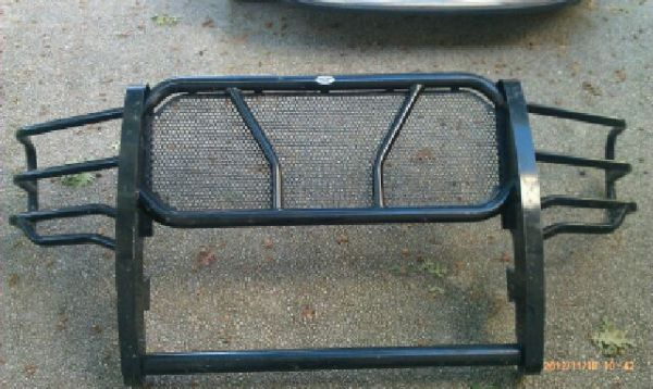 Frontier Grill Guard for 05-07 Ford F250, F350, F450, Excursion - $350 (San Antonio)