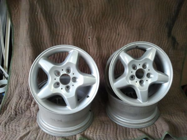 Mercedes wheels FACTORY - $150 (San antonio)