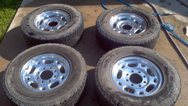 16 8 lug Chevrolet wheels - $400