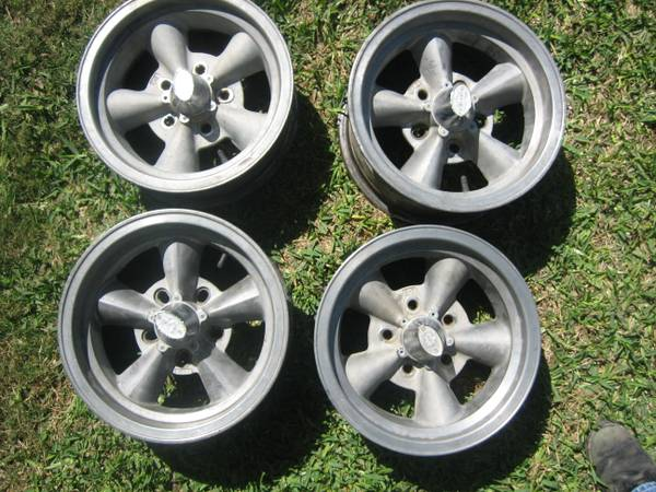 Classic 14 ET Torque D Chevy rims set of four - $550 (Harker Heights)