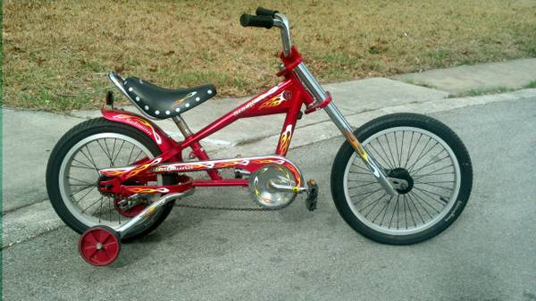 Kids Schwinn Stingray Chopper Bike - x0024150 (NW San Antonio)