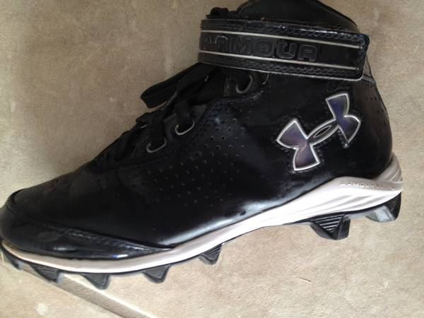 Kids football cleats Under Armour size 2 - $15 (Alamo ranch)