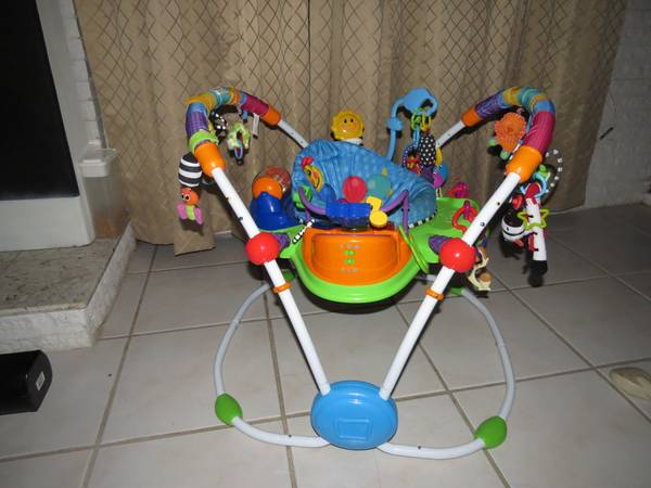 Jumper Activity Center Bouncer Exersaucer - $40 (Crossroads Mall)