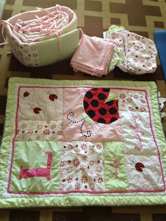 Ladybug crib bedding set - $40 (Northeast)